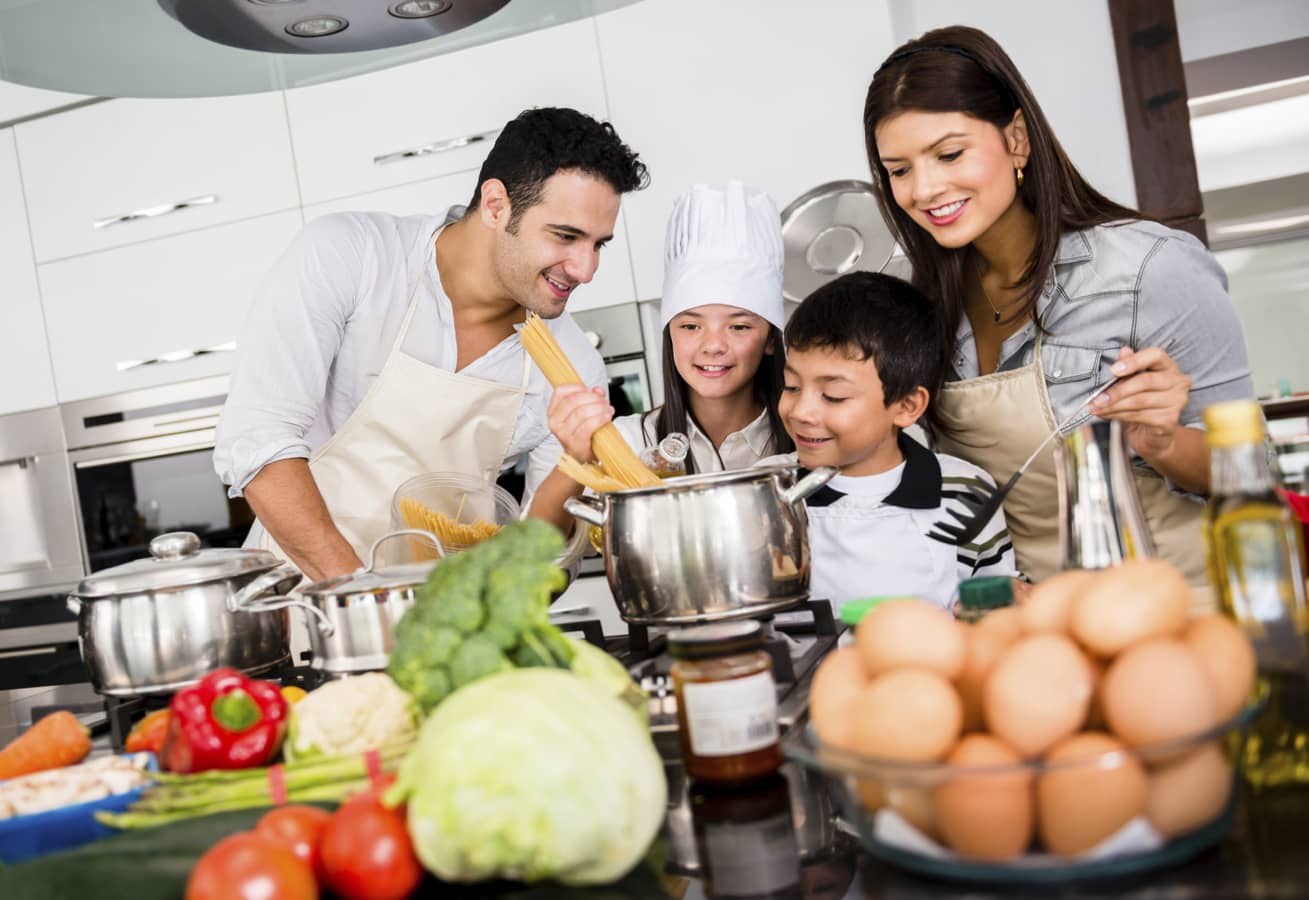 EATING DURING COVID-19: IMPROVES MOOD & LOWERS STRESS